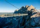 Hängebrücke zum Eispalast