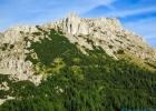 noch mal an die Leobner Mauer mit dem Gipfelkreuz gezoomt