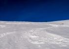 ab hier direkt gerade hinauf, geht gut mit den Schneeschuhen